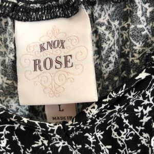 Knox Rose Tops - 3 for $25 Knox Rose black and gold paisley top XL